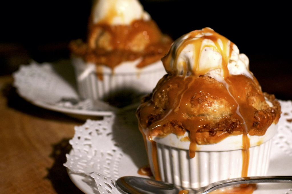 Caramel Pecan Apple Pie Cups 1