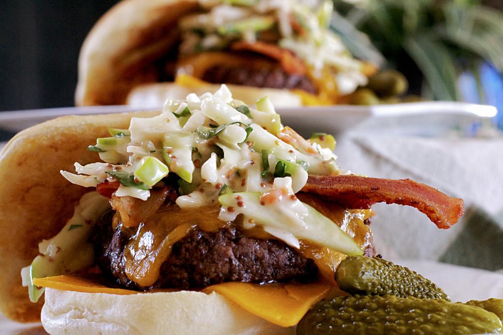 Johnny Appleslaw Burger 2