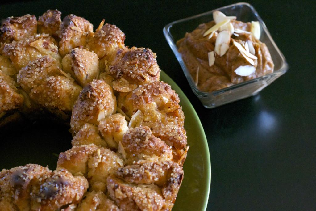 Sweet Crunchy Monkey Bread