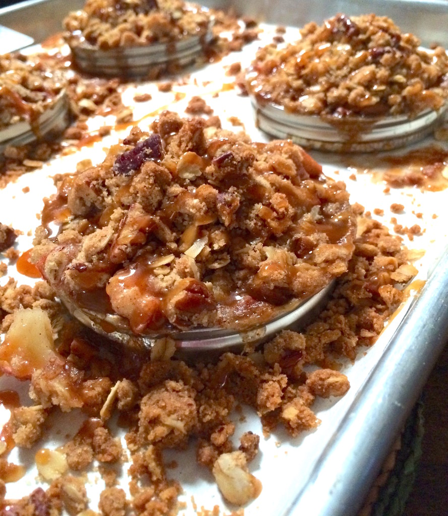 Caramel Pecan Apple Crisp Rings