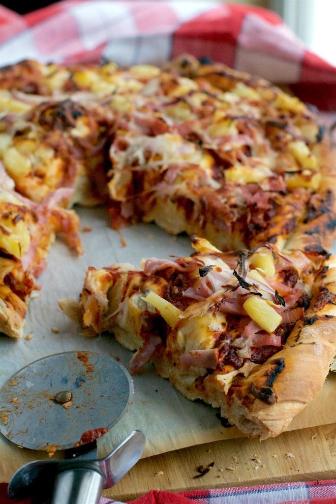 Twisted Hawaiian Pizza 1