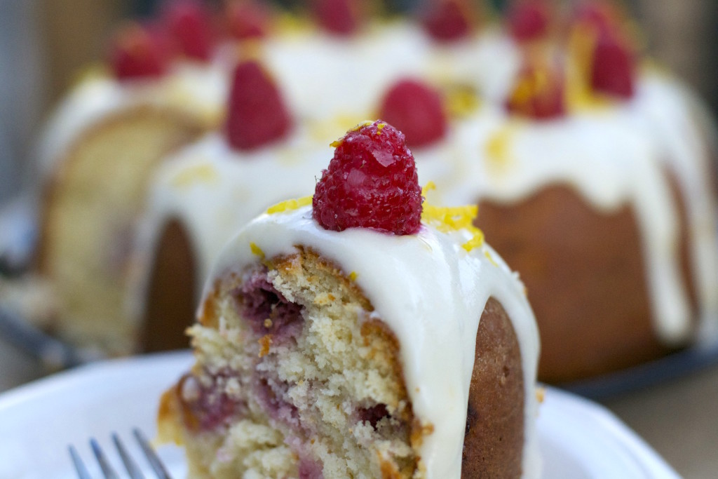 Lemon Raspberry Bundt Cake 3