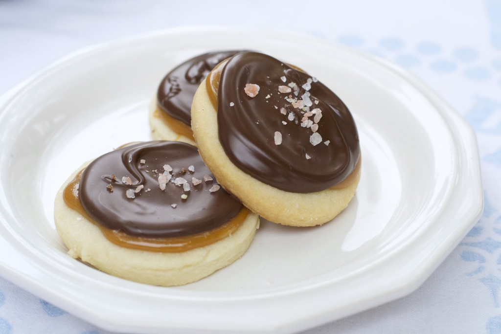 Salted Caramel Shortbread Cookies