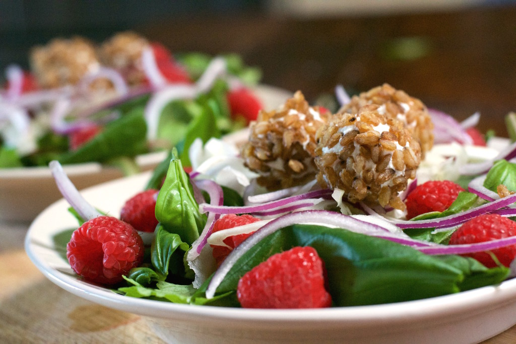 Cheese Ball Basil Salad