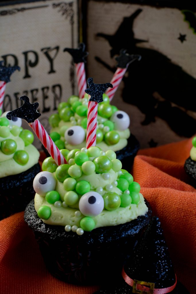 Cauldron Cupcakes 4