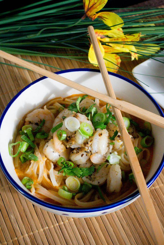 Sriracha Shrimp Noodle Bowl