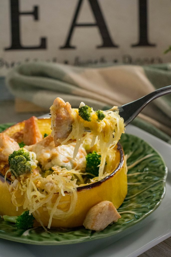 Chicken Broccoli Spaghetti Squash Rings