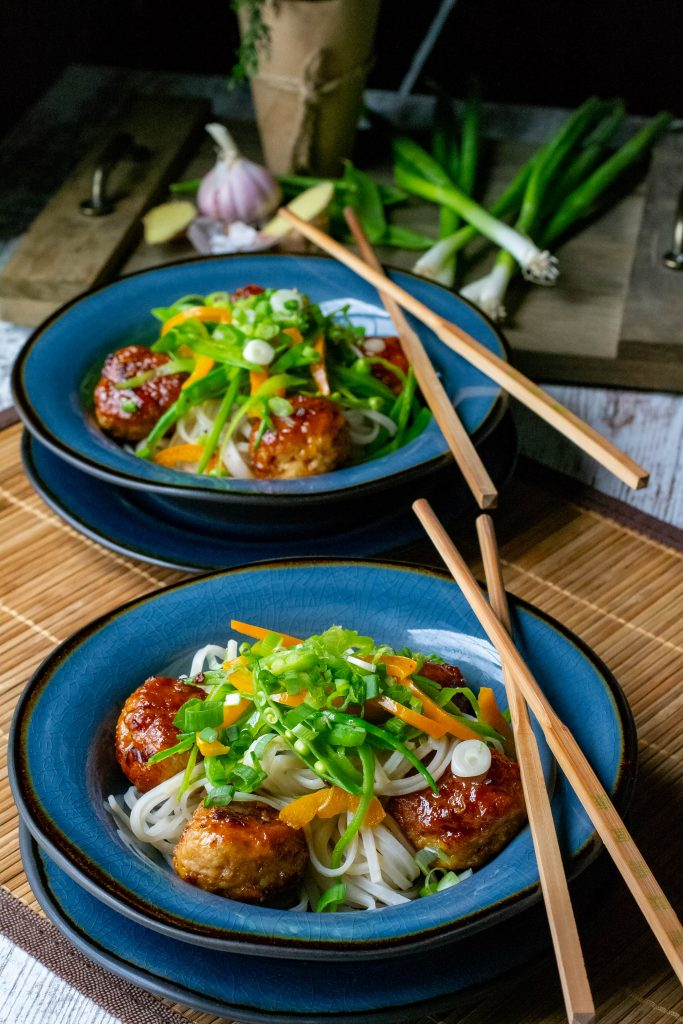 Spicy Chicken Meatball Bowl